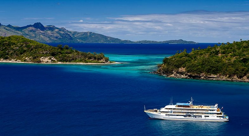 Fiji Discovery 9 Days, 8 Nights, 4 Islands