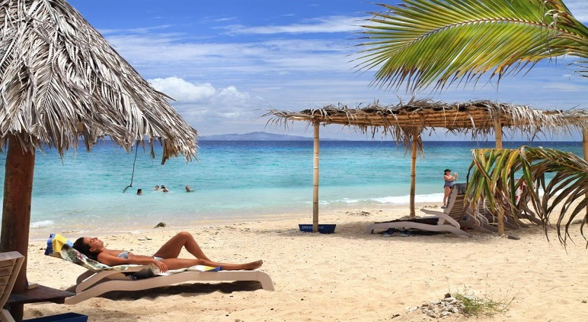 Coconut Cruiser 7 Days, 6 Nights, 4 Islands
